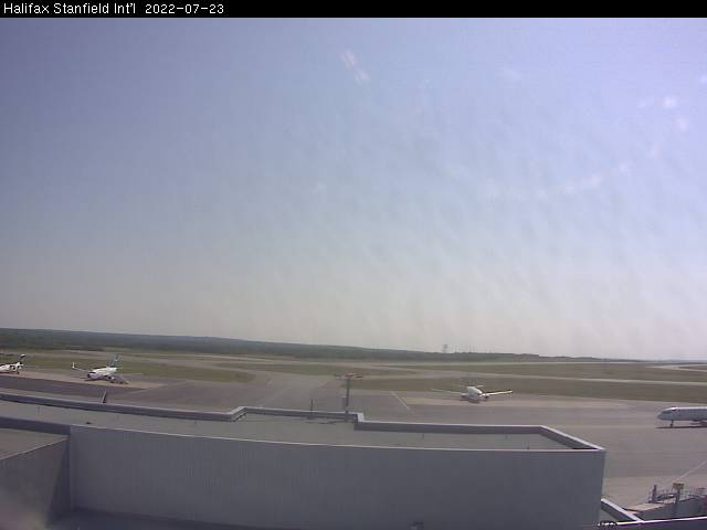 Webcam image of Airfield. Updated: 07:09 AM.